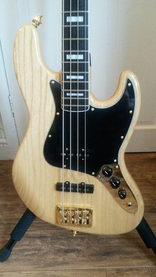 J Davey Guitars Jazz Bass